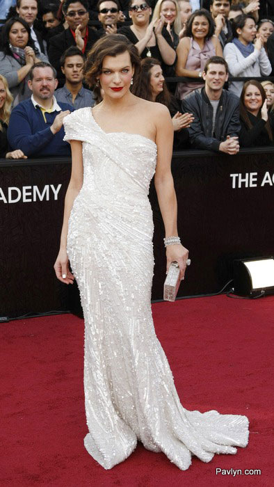 2012 oscars Milla jovovich in Elie Saab gown
