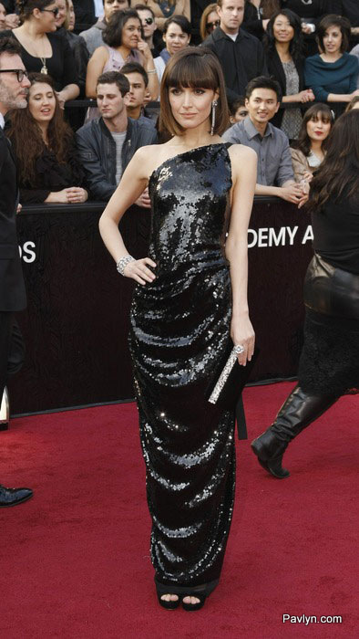 2012 oscars Rose Byrne in sequin Westwood gown