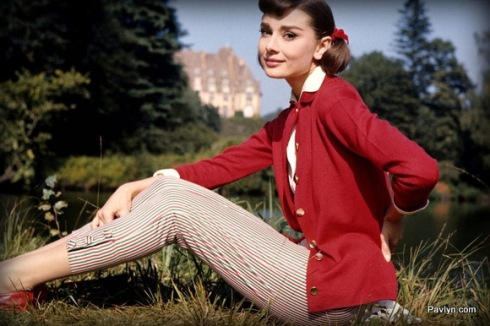 Audrey's take on the Equestrian style with a red cardi and cropped pants
