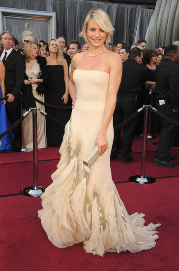Cameron Diaz in nude Gucci for Oscars 2012