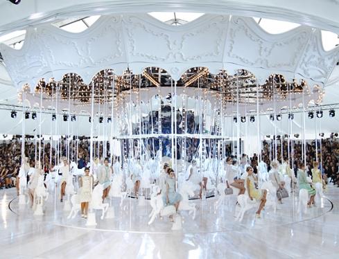 Louis Vuitton Carousel