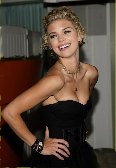 Annalynne Mccord in Le Mer Pyramid stud watch