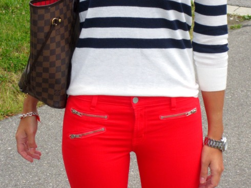How to wear Red Jeans by J brand