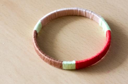 Pop Champagne DIY Friendship Bracelet