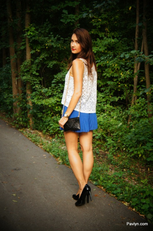 Pleated Shorts by Greylin with JJ Winters Black Croco Clutch