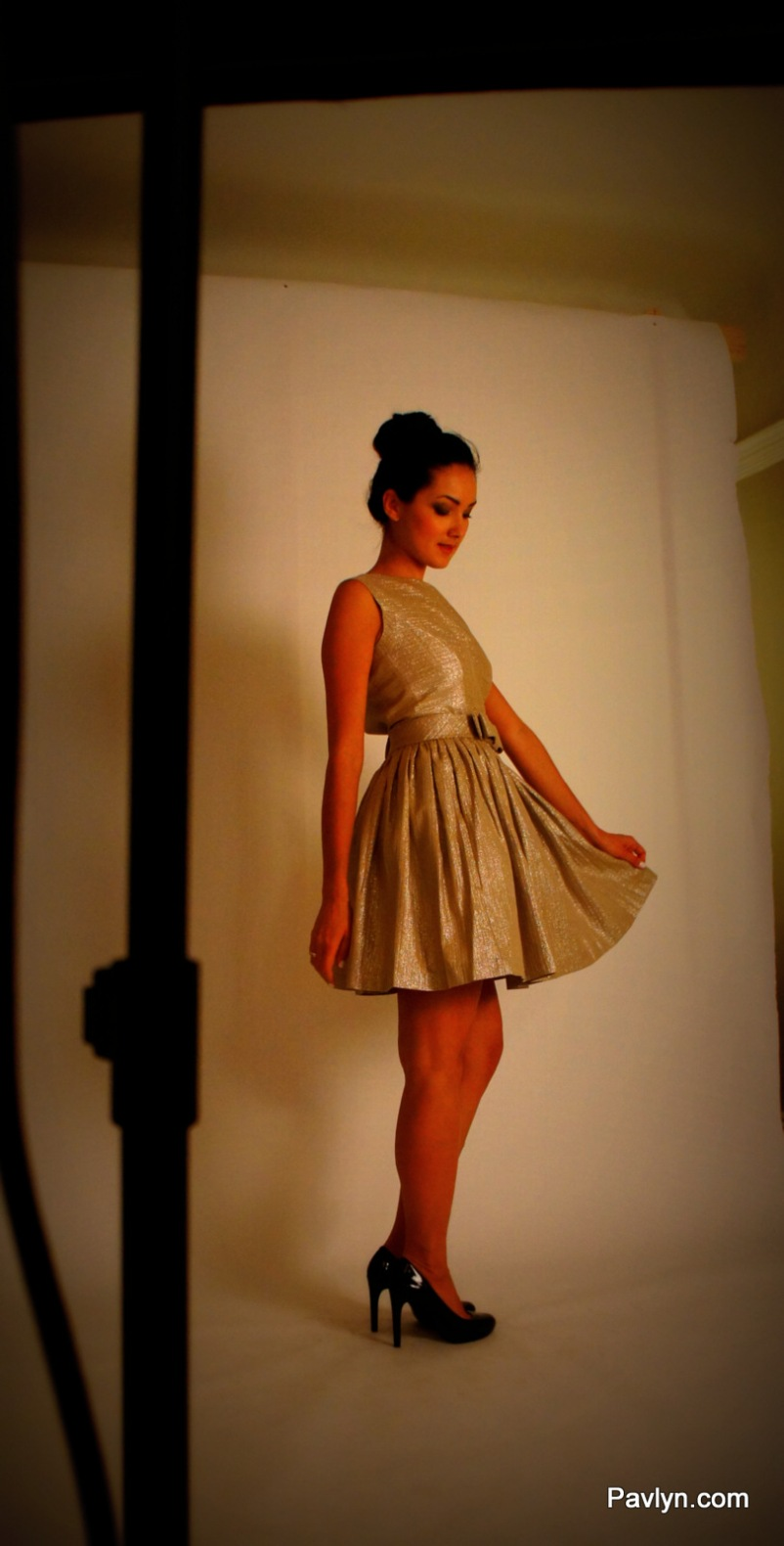 Contrarian Bydie Bow Dress