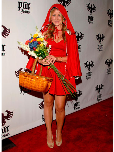 Lo Bosworth Hallowee Costume Little Red Riding Hood