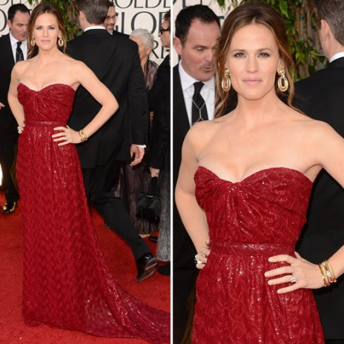 Jennifer Garner in Red Vivienne Westwood at Golden Globes